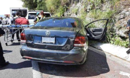 Atacan a escoltas del fiscal de Morelos en la autopista México Acapulco