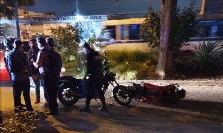 Motociclista lesionados en accidente de tránsito sobre la Avenida Antonio Quirasco