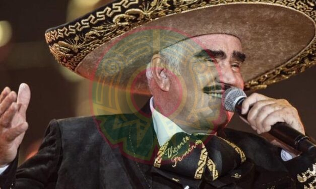 Vicente Fernández está estable y despierto tras cumplir un mes de estancia intrahospitalaria