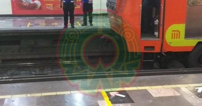 Muere persona tras arrojarse a vías de la estación Centro Médico del Metro CDMX
