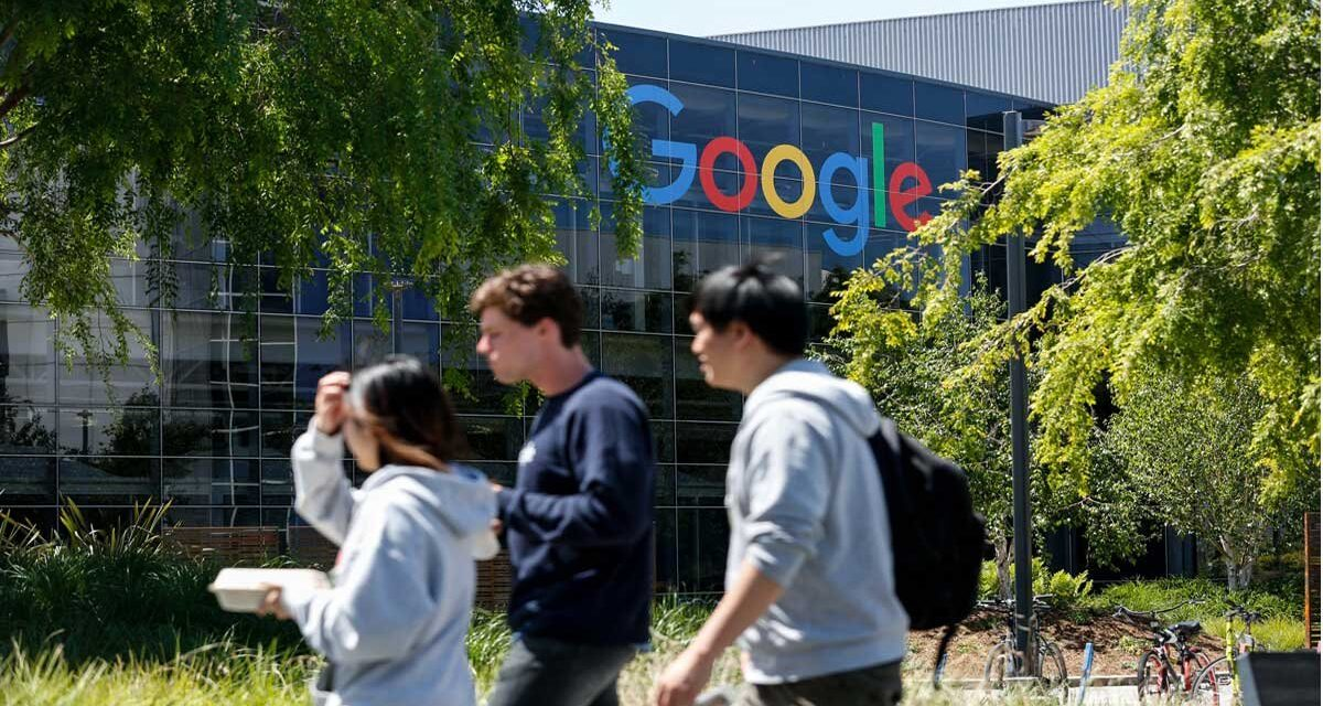 """""""Crece con Google para Jóvenes"""", el programa con que el gigante tecnológico impulsa a los chavos; ve requisitos"""