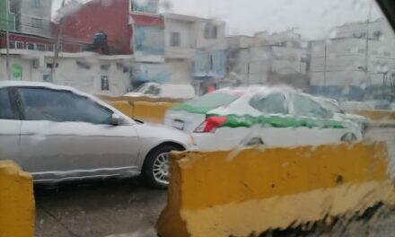 Accidente de tránsito sobre la Avenida Lázaro Cárdenas, a la altura de la calle Veracruz