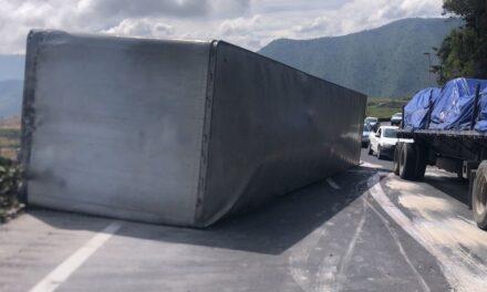 Cierre parcial de la circulación por accidente en la autopista Puebla-Córdoba
