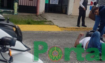 Motociclista derrapa en la avenida 20 de Noviembre, Xalapa