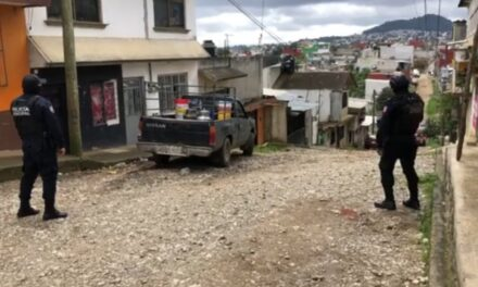 Agreden a elementos de la Policía Municipal de Xalapa, 2 detenidos