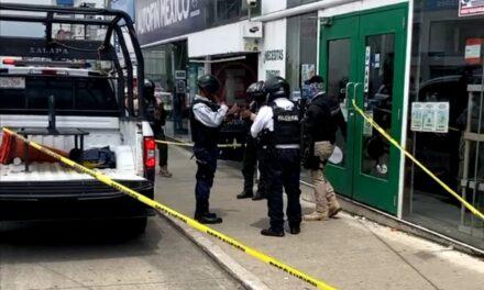 Detienen a sujeto armado que intentó asaltar casa de empeño en Xalapa