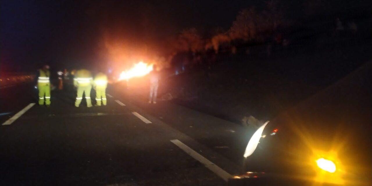 Se incendia tráiler en la carretera Xalapa – Perote