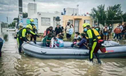 Por décima ocasión en un mes se inunda fraccionamiento en Querétaro; analizan reubicación