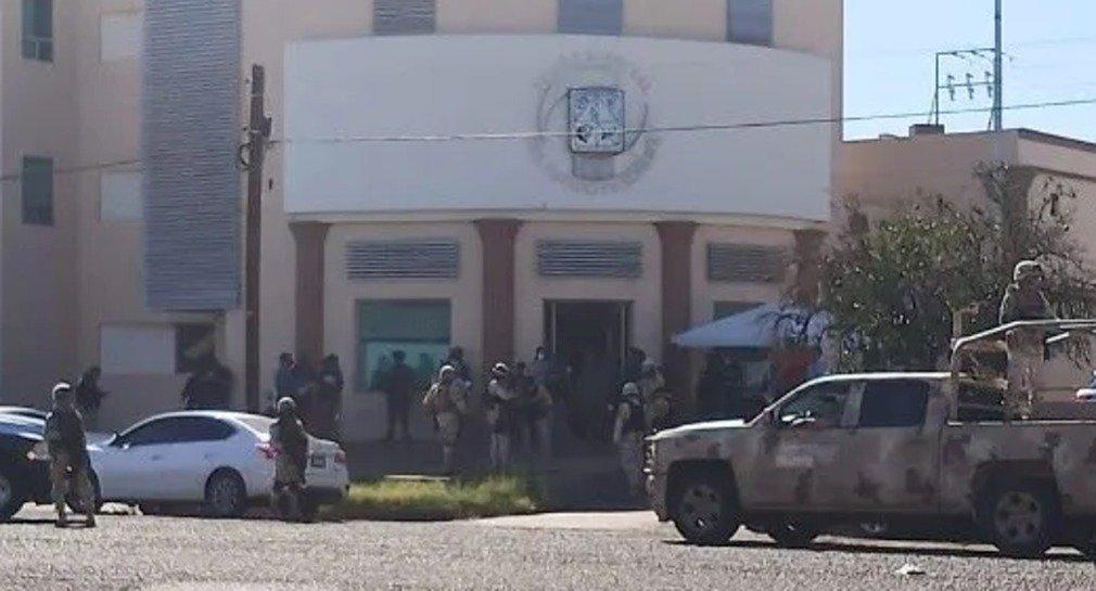 Reportan la ejecución de dos personas en juzgados del Poder Judicial en Ciudad Obregón.